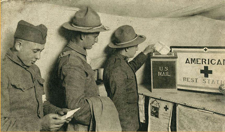 American Red Cross photo postcard shows soldiers sending mail. NPM 0.214896.119